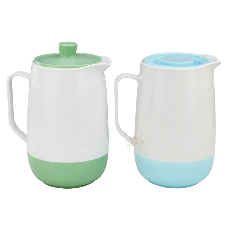 Large Plastic Tea Pitcher Leakproof with Lid and Handle Heat Resistant Hot Cold Water Carafe Water Pitcher Water Jug for Juice Beverage Jar Tea Kettle
